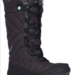 Columbia Kids Snow Boot size 2